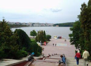 Елисейские поля Тернополя